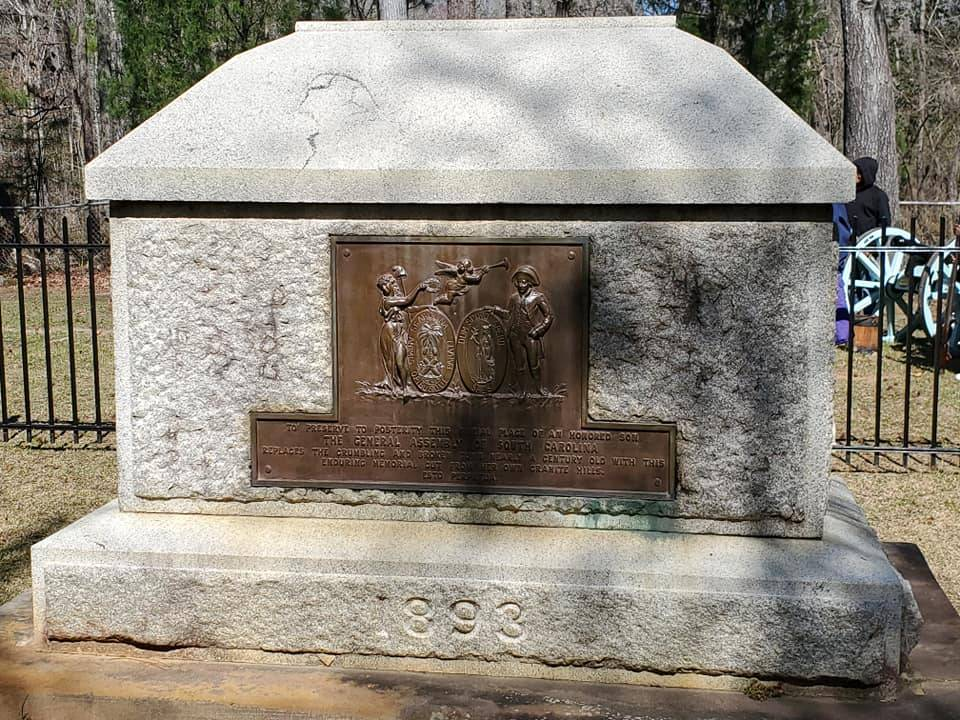 The tomb of Francis Marion and his wife