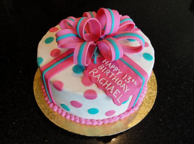 Round Present Cake for Rachael's 13th Bday