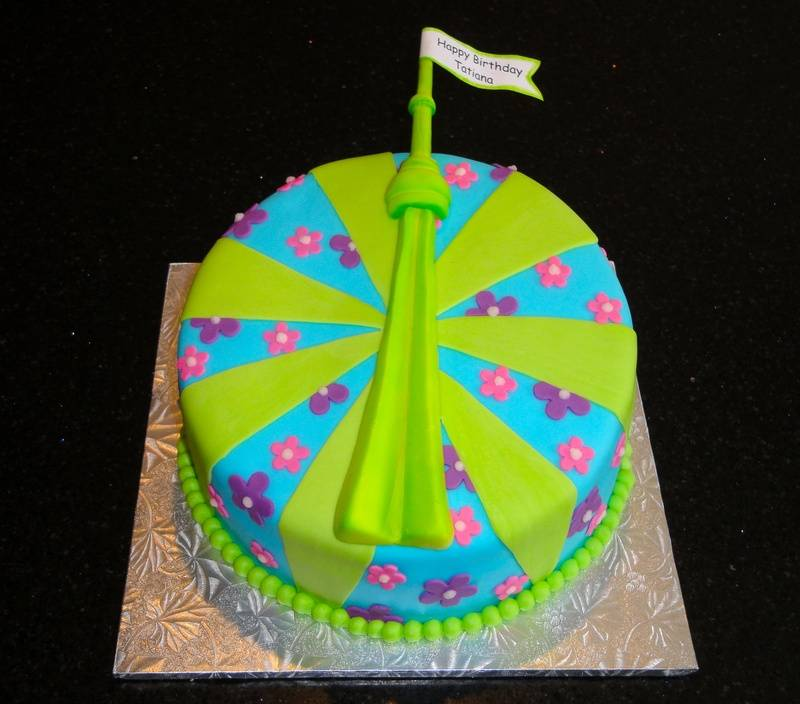 CN Tower Fun colours cake