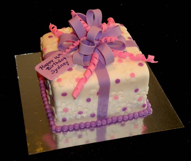 Pretty Pink & Purple Present Cake