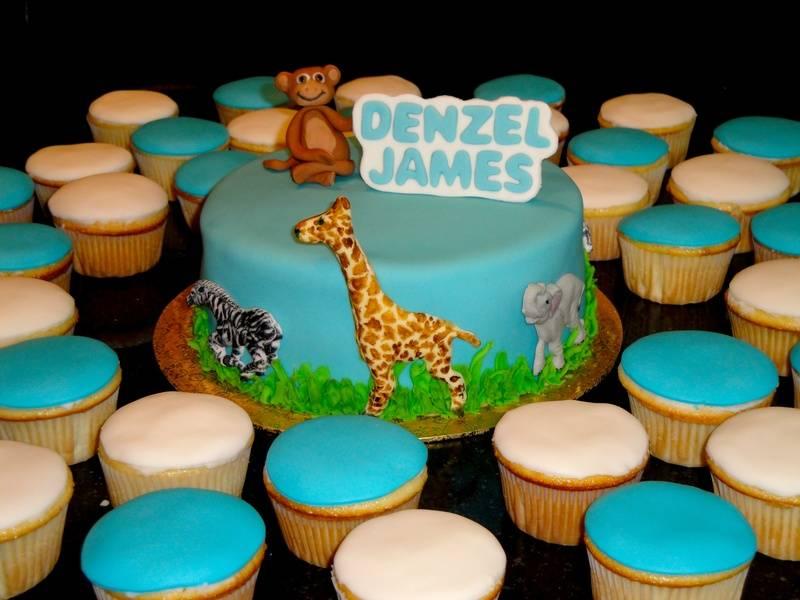 Jungle Animals Cake & Cupcakes