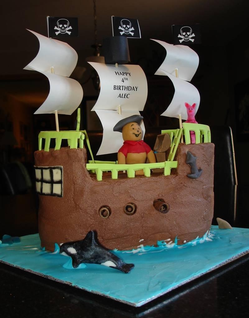 Winnie the Pooh 3D Pirate Boat