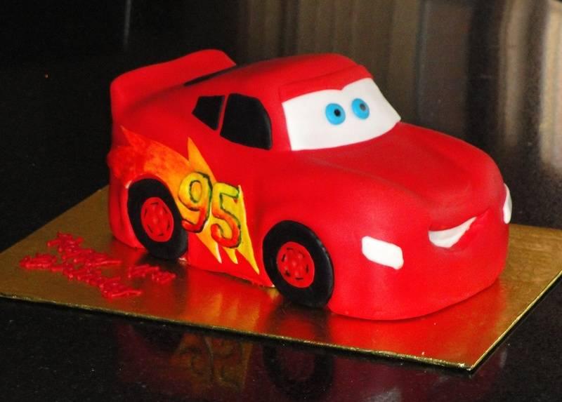3D Lightning Car Cake