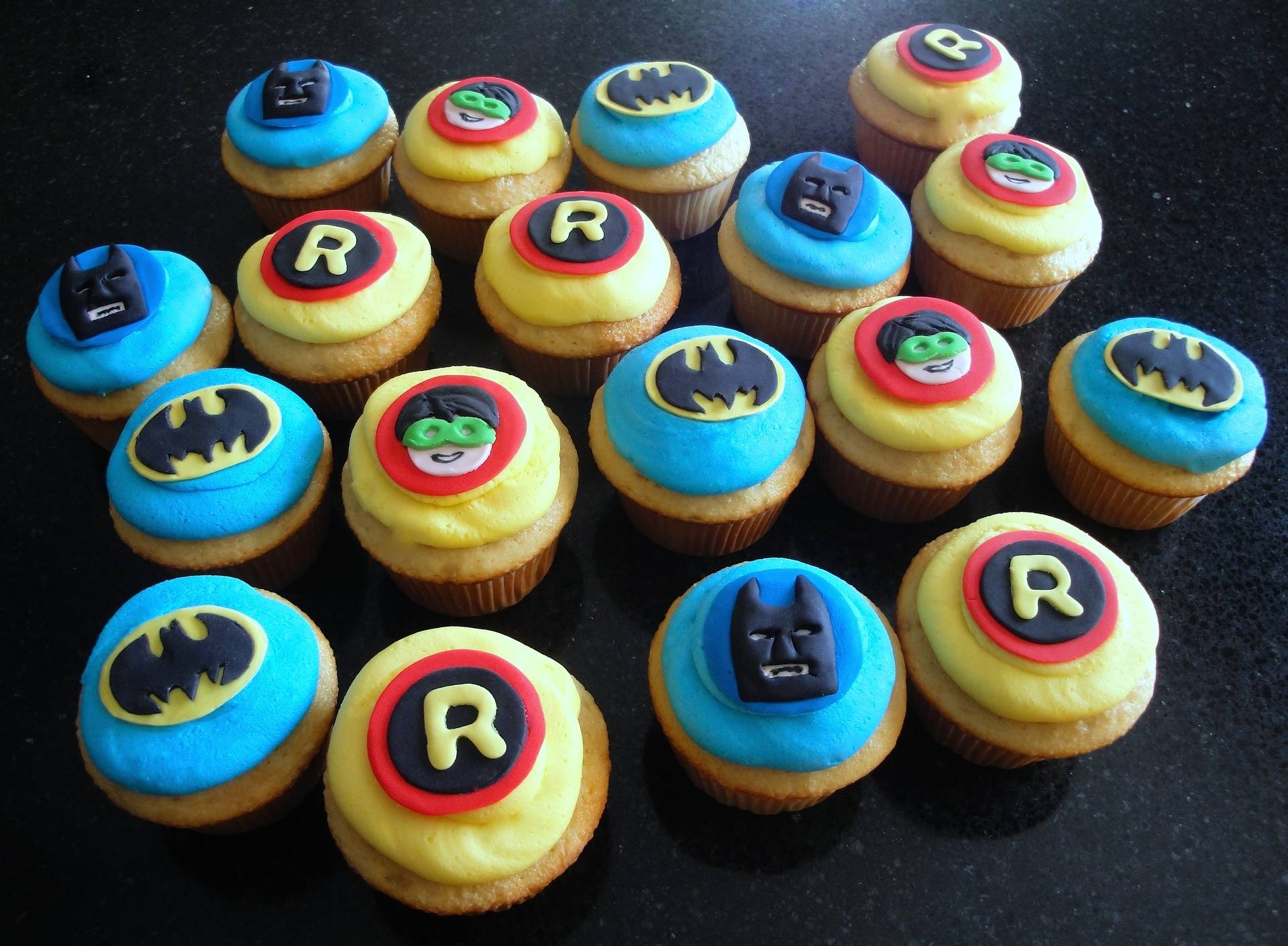 Batman and Robin Superhero Cupcakes
