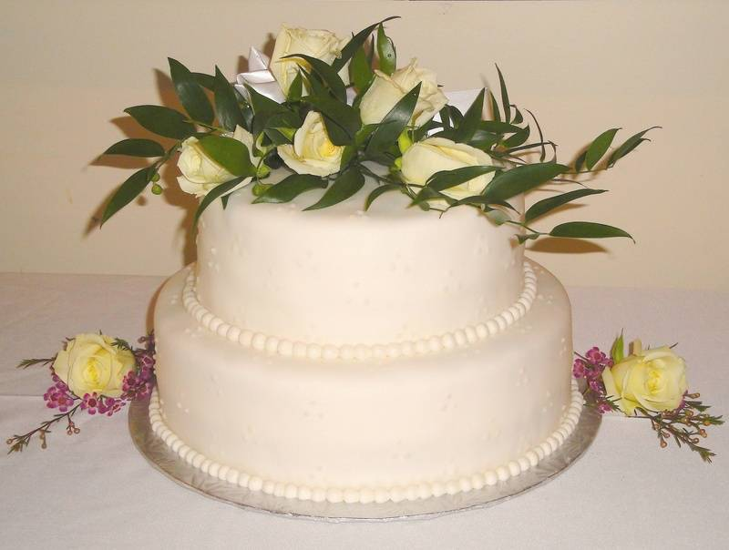 Lemon Poppyseed Wedding Cake