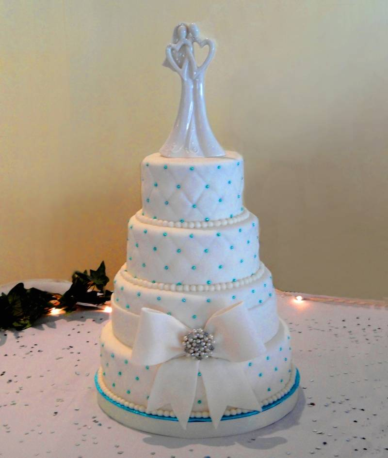 4 tiered quilted Wedding Cake