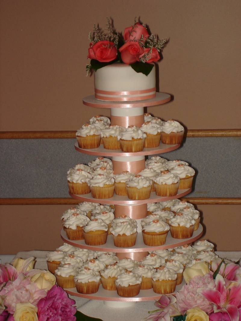 Wedding Cupcakes & Cake