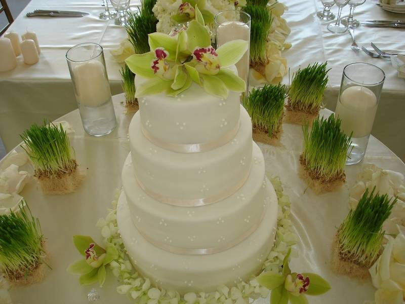 4 Tiered Round Wedding Cake with Orchids