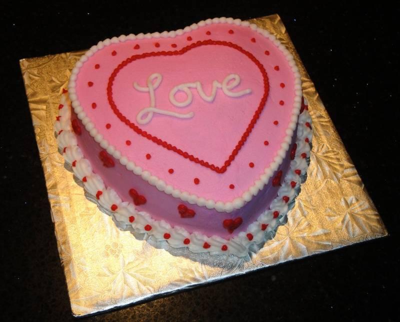 Sweetheart Valentine Cake