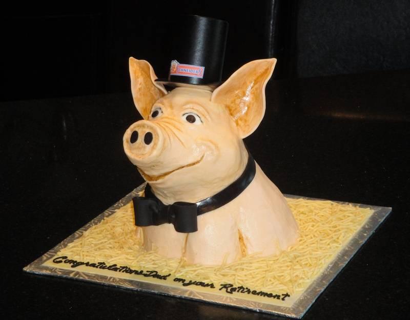 3D Classy Piggy Retirement Cake