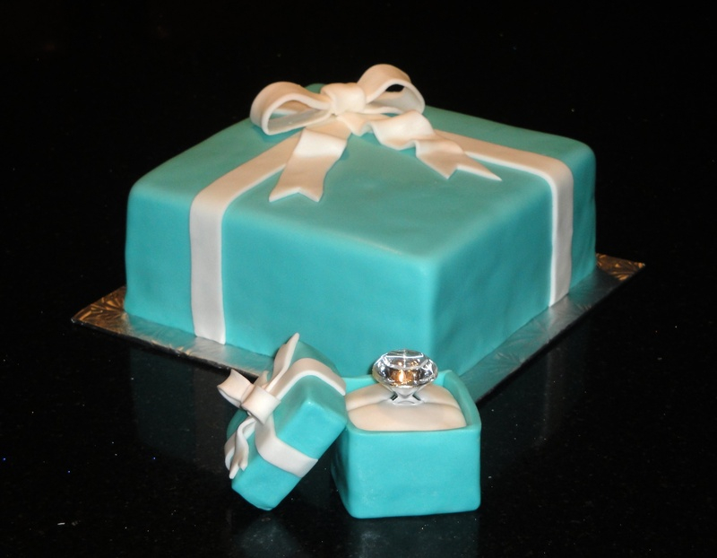 3D Tiffany Gift Box and Ring Box Cakes