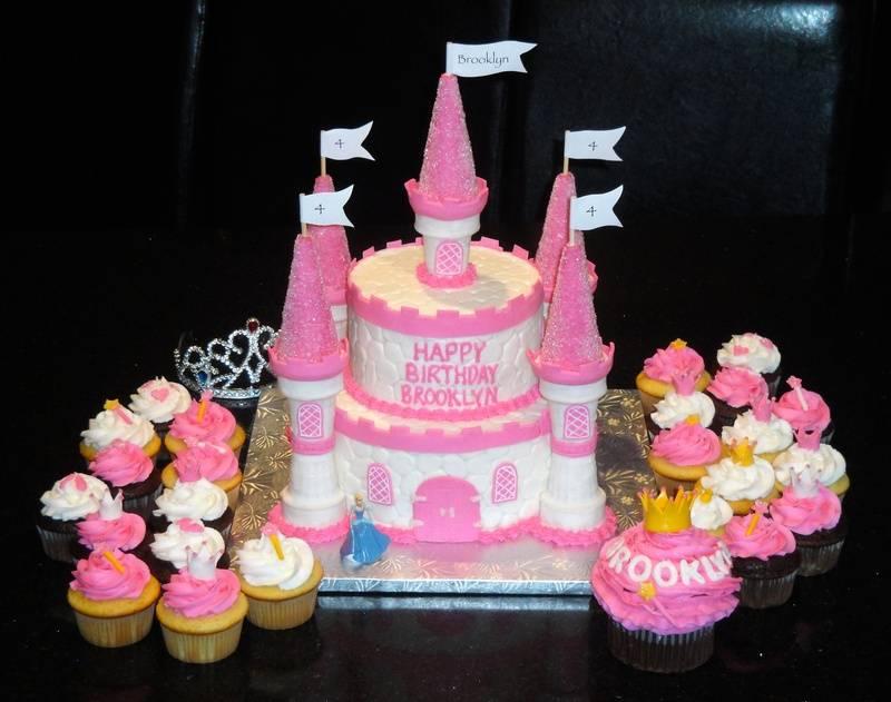 3D Princess Castle Cupcakes & Smash Cake