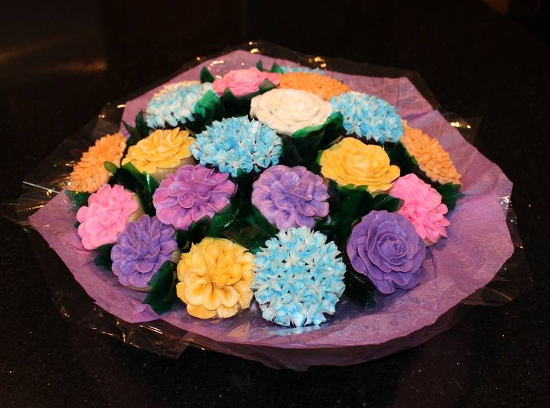 Cupcake Flower Giant Bouquet