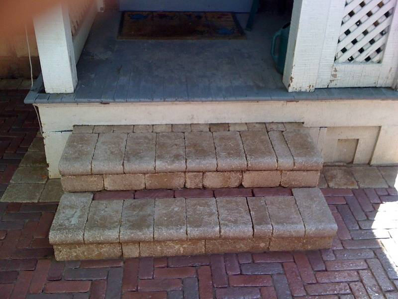 Unilock Bullnose Steps with Copthorne Pavers