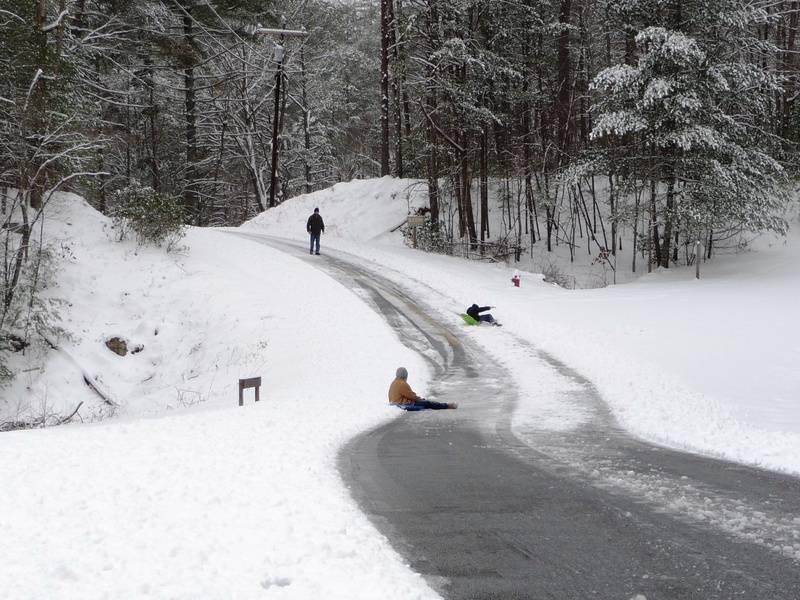 Sledders on Sautee Trail
