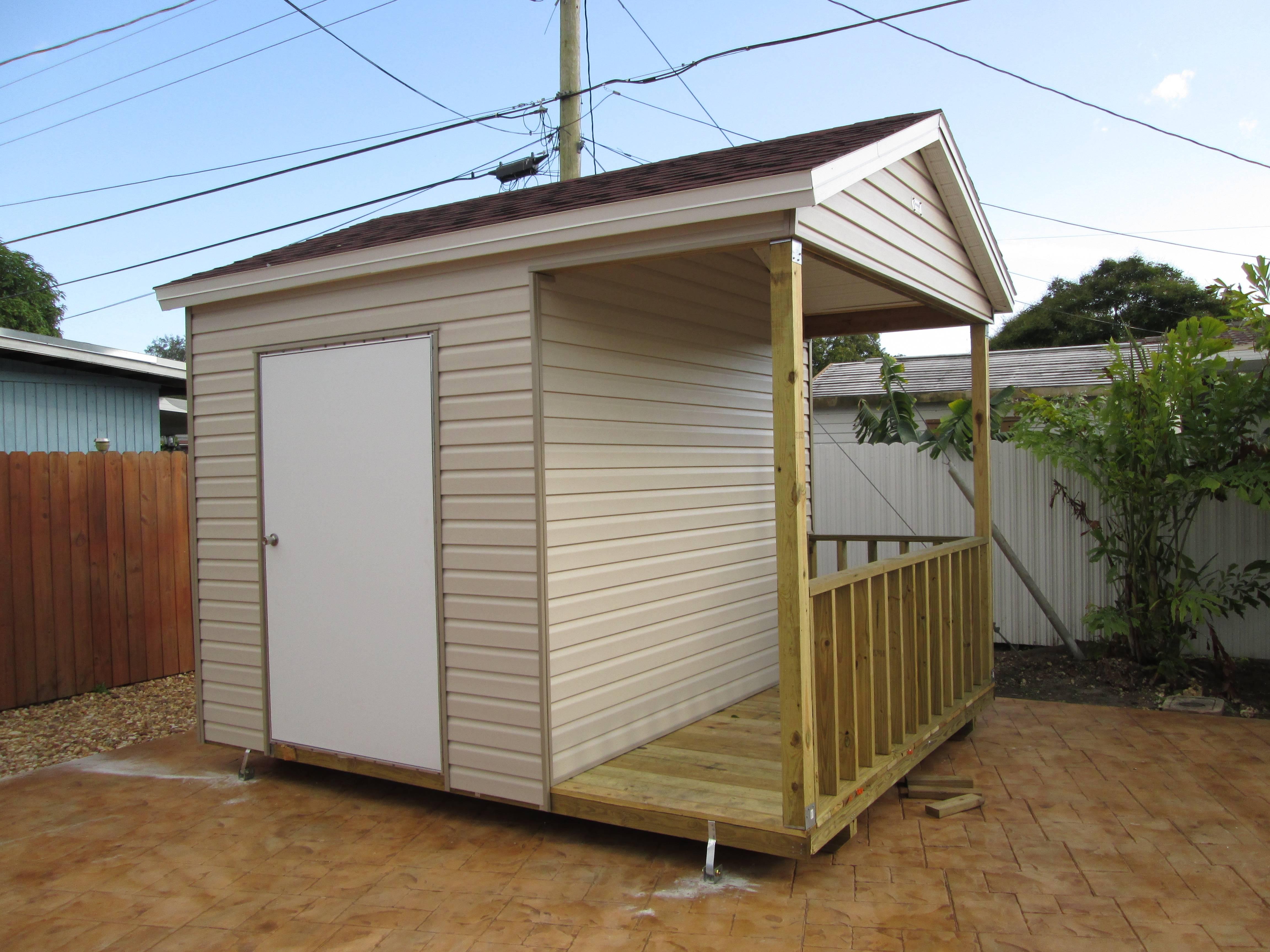 porch , 10x12 , bath room