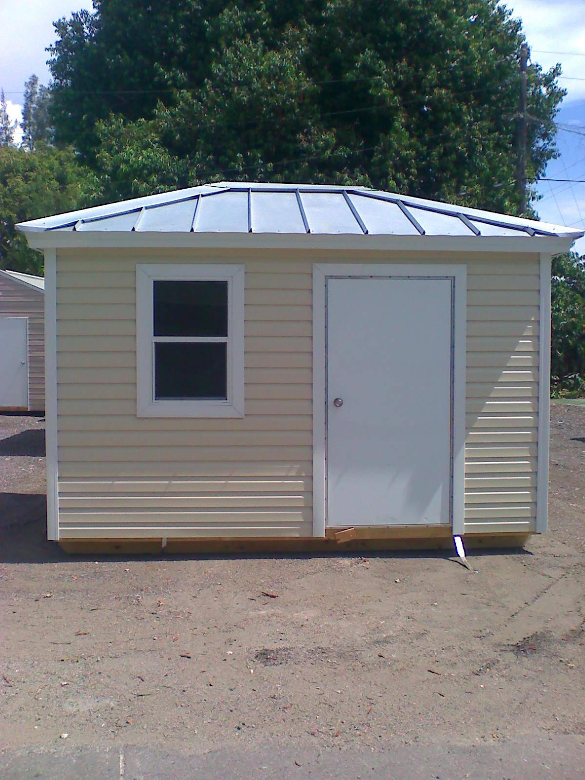 8x12 with hipp roof and galvalume