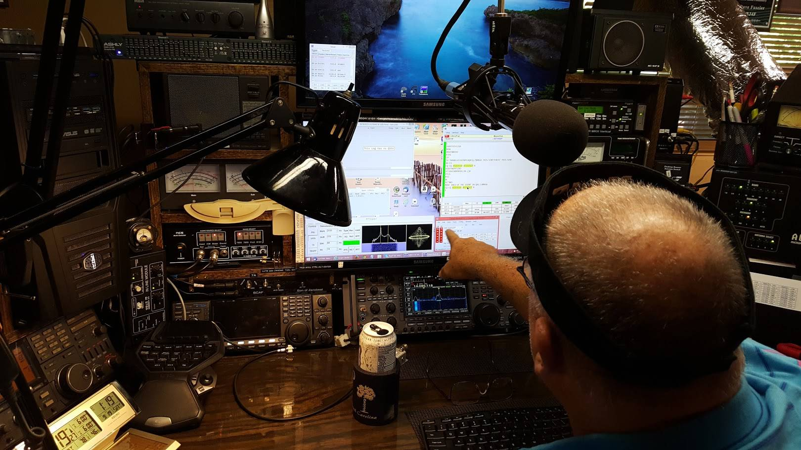 The RTTY Cockpit at NJ4F
