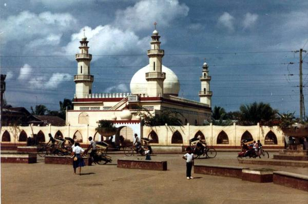Old Masjid Tulay
