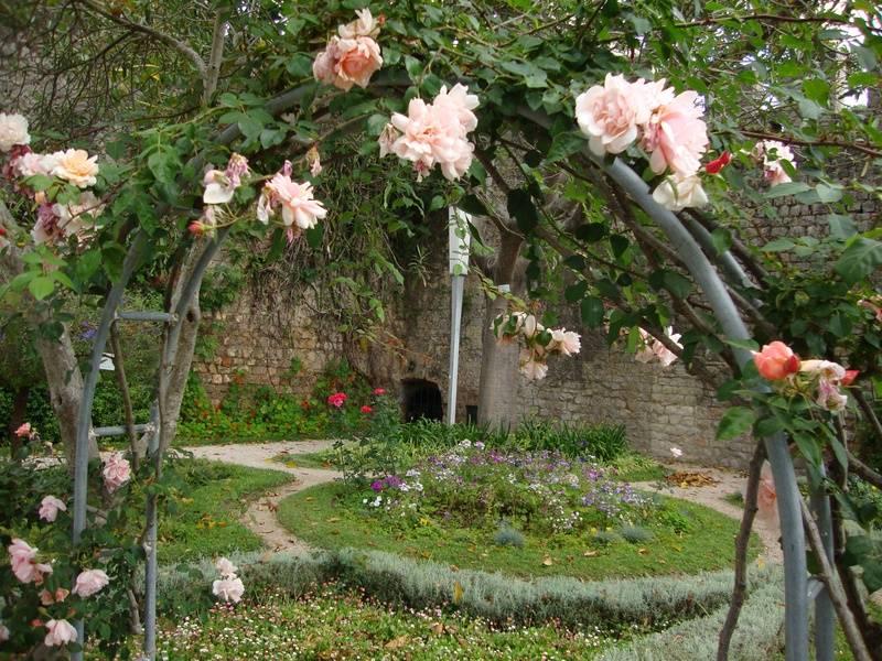 Castle secret garden.