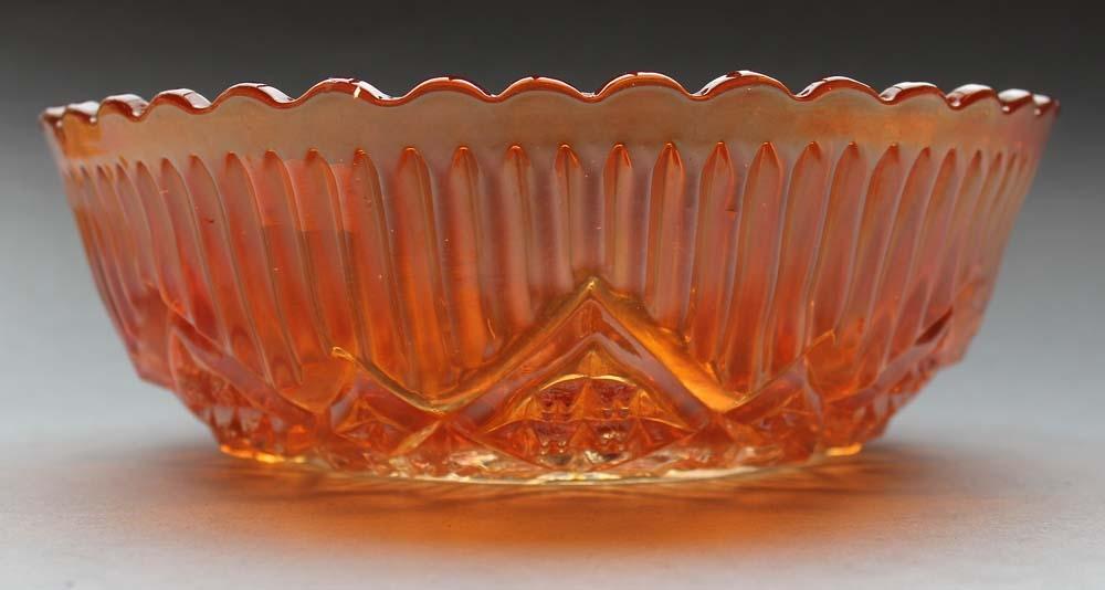 Diamonds and Frills, straight edge, maker ?