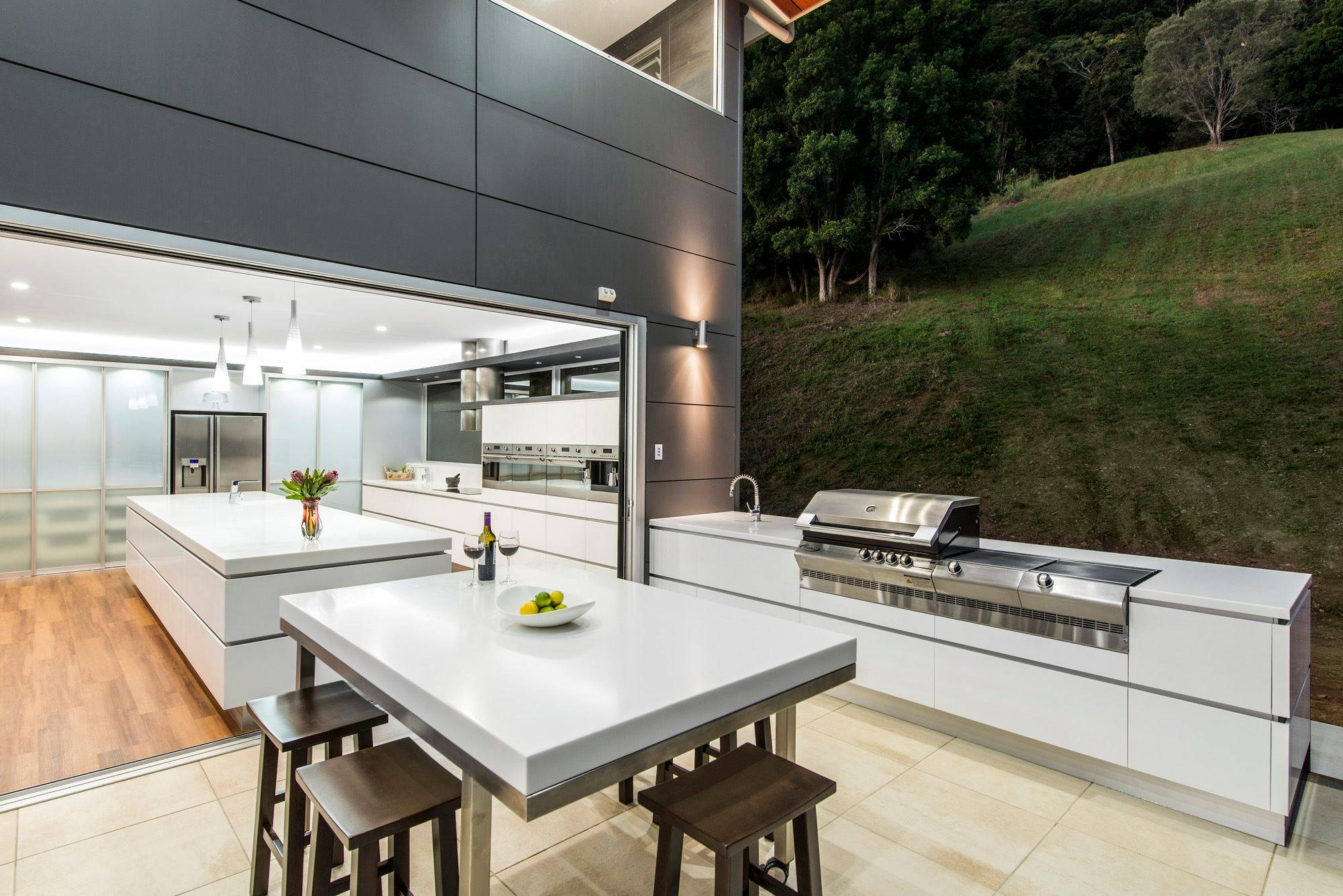 Residential Outdoor Kitchen