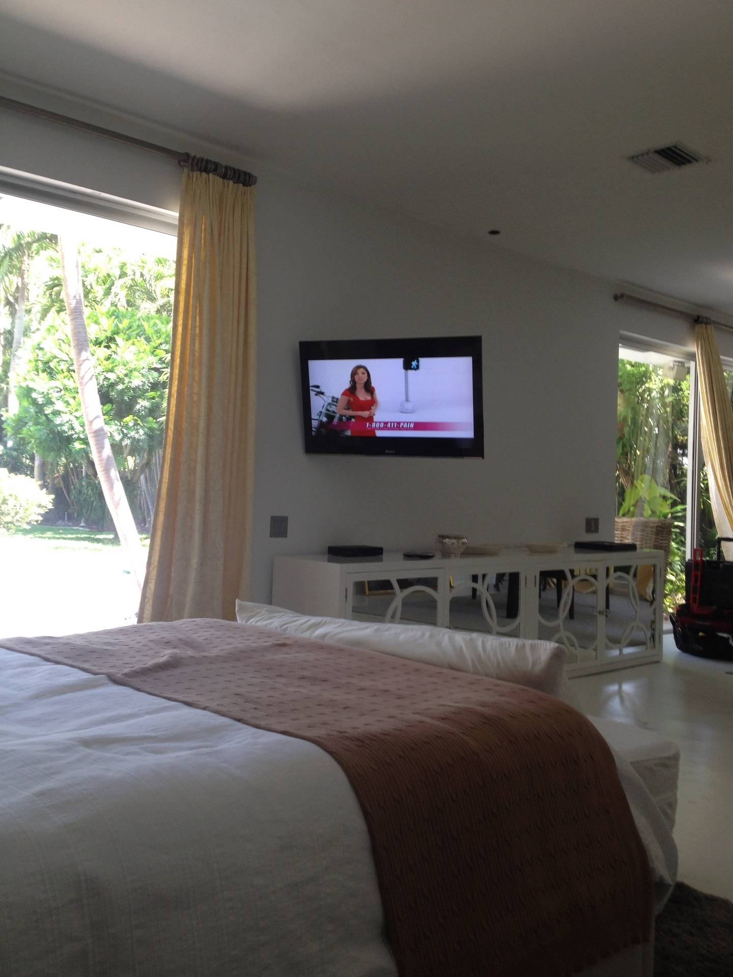 Guest house- Coconut Grove