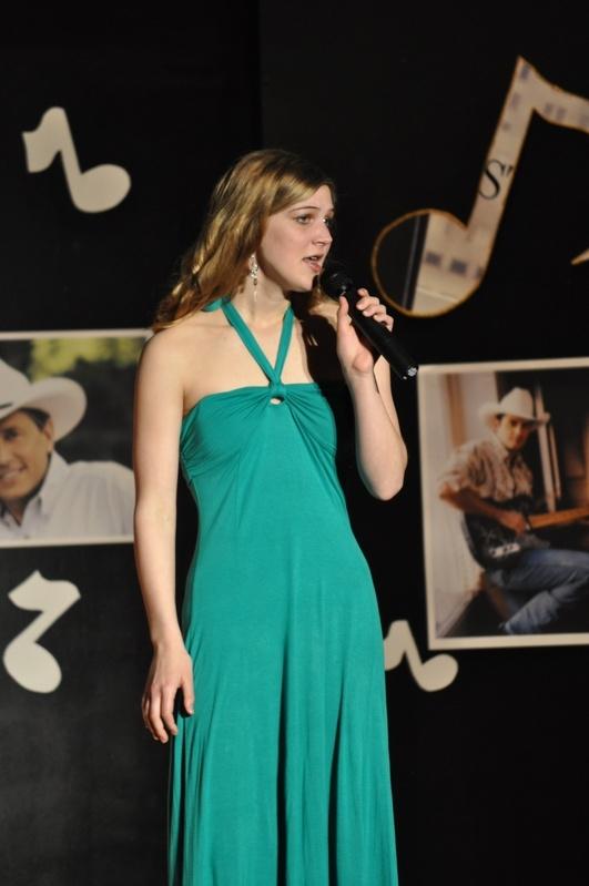Kianna Carpenter - Malo/Curlew - 10th grade