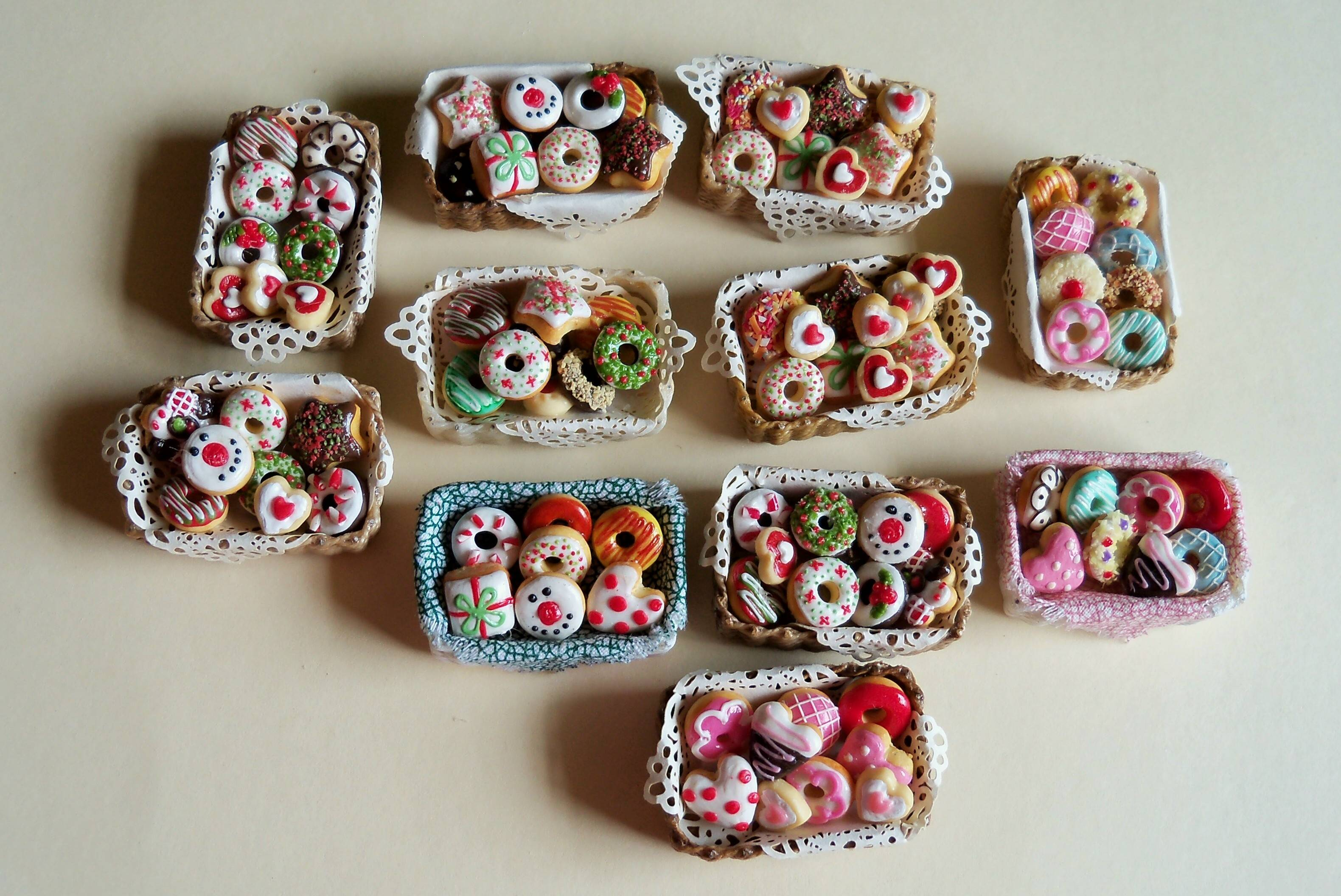 Assorted pastry baskets