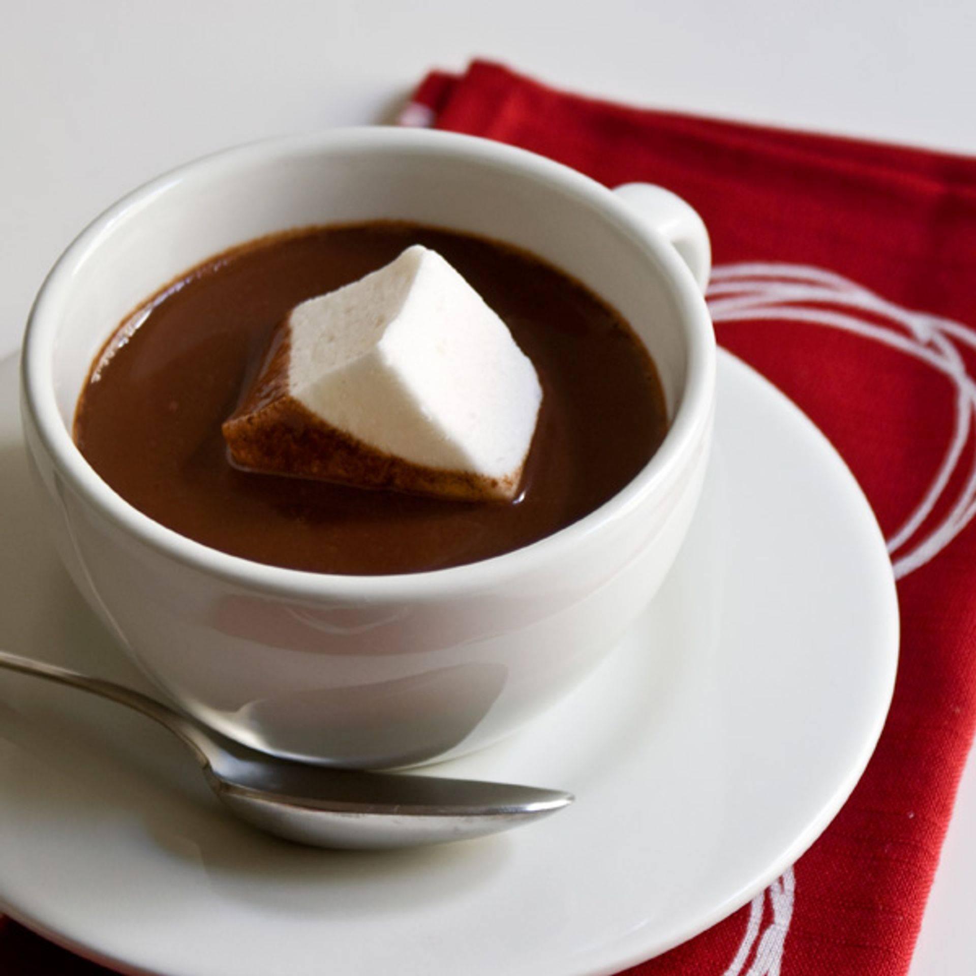 Как сделать горячий шоколад без молока