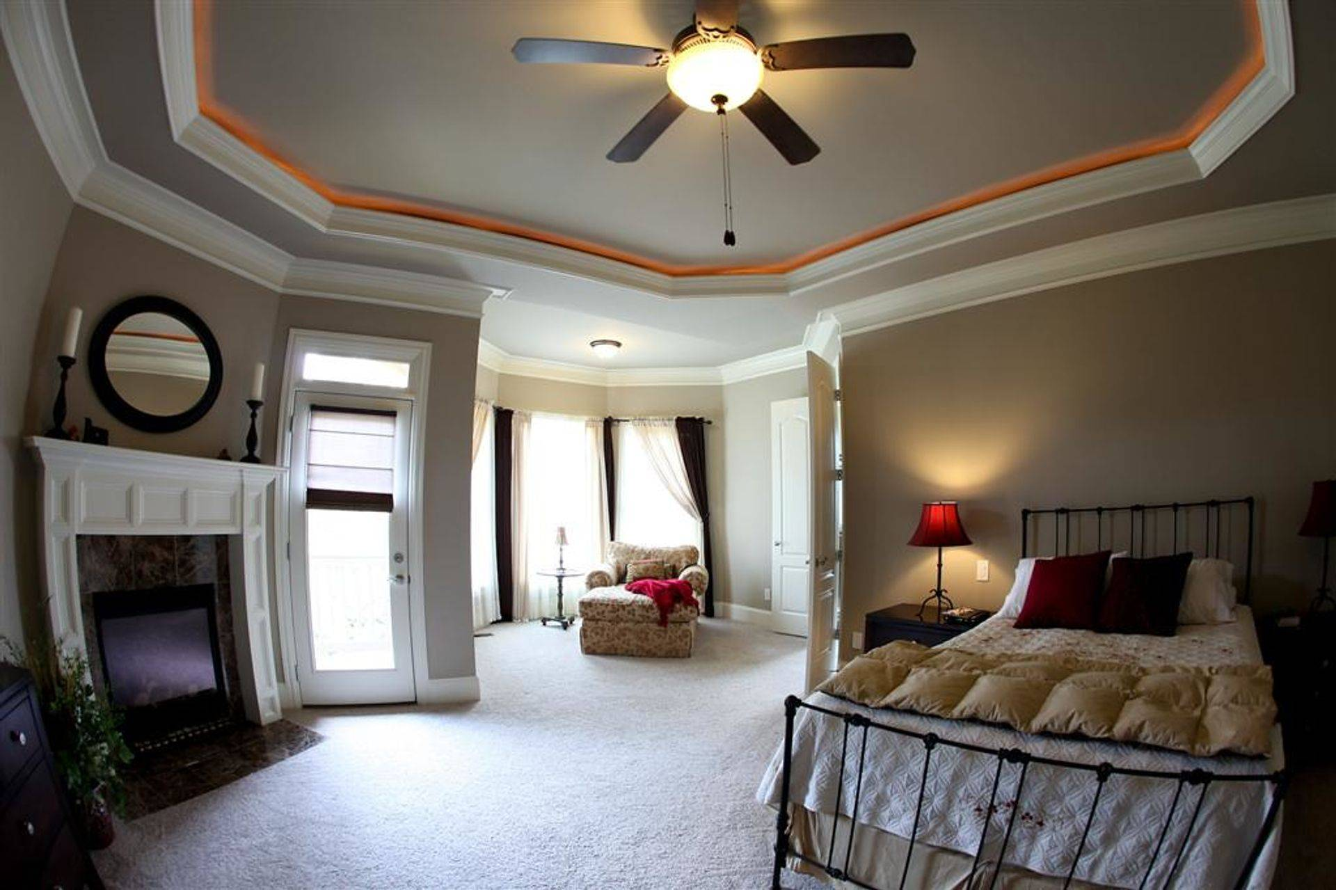 Interior wall, ceiling and trim painting