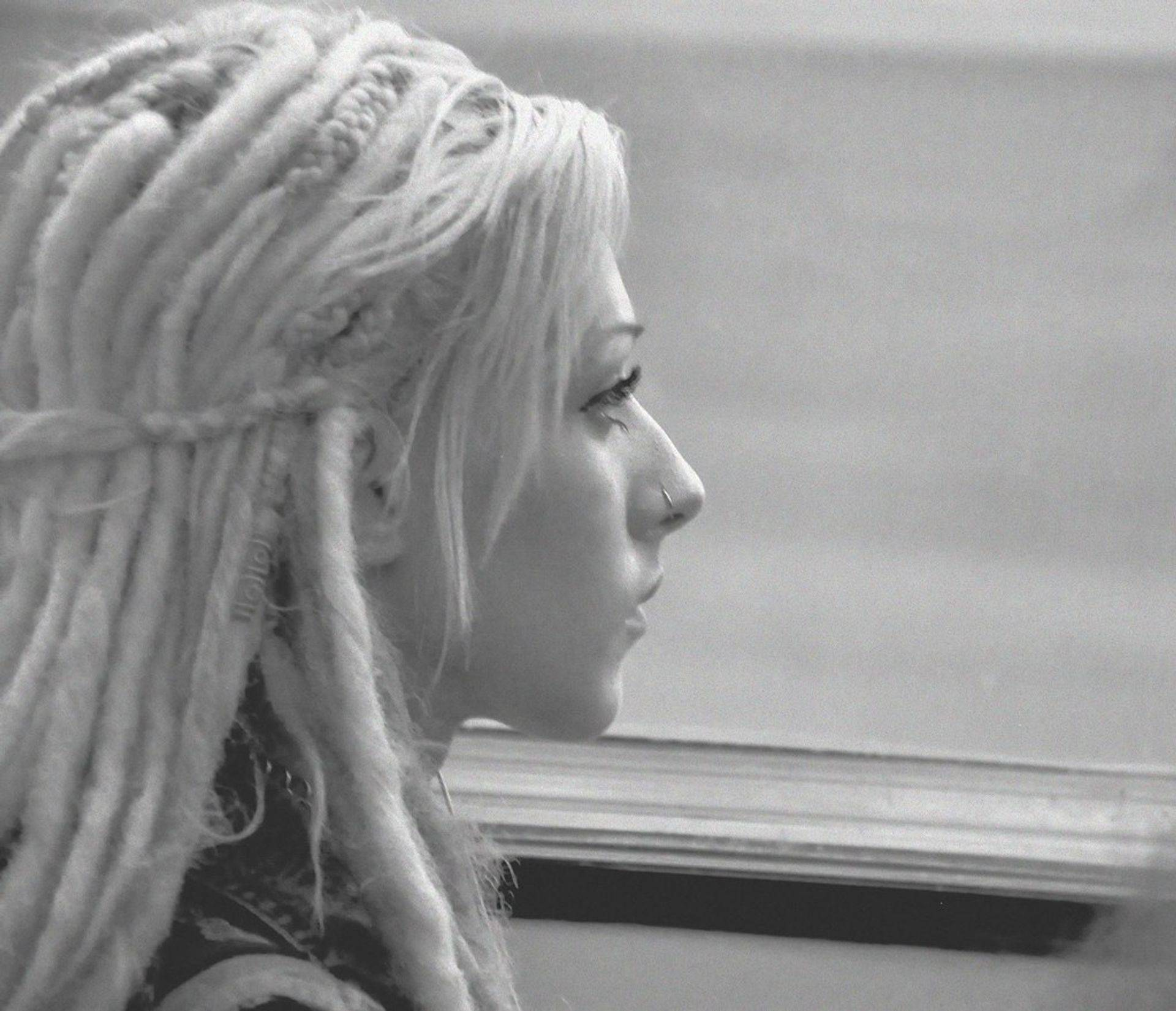 natural blonde sythetic dreads that are temporary