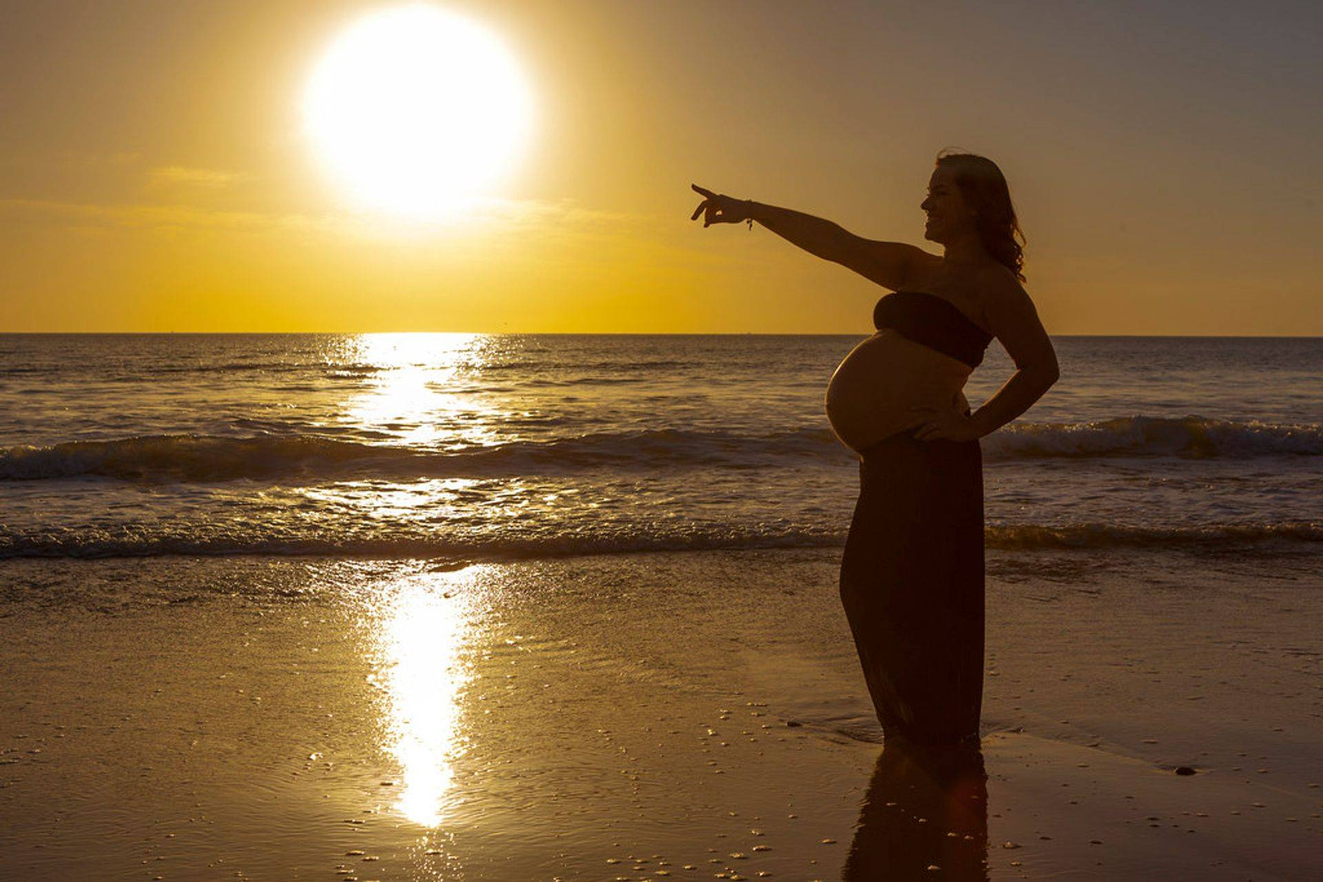 Pre conception, Fertility, IVF, Maternity, Pregnancy, Post natal, birth, reflexology Southampton Anita Bee Holistic Therapies