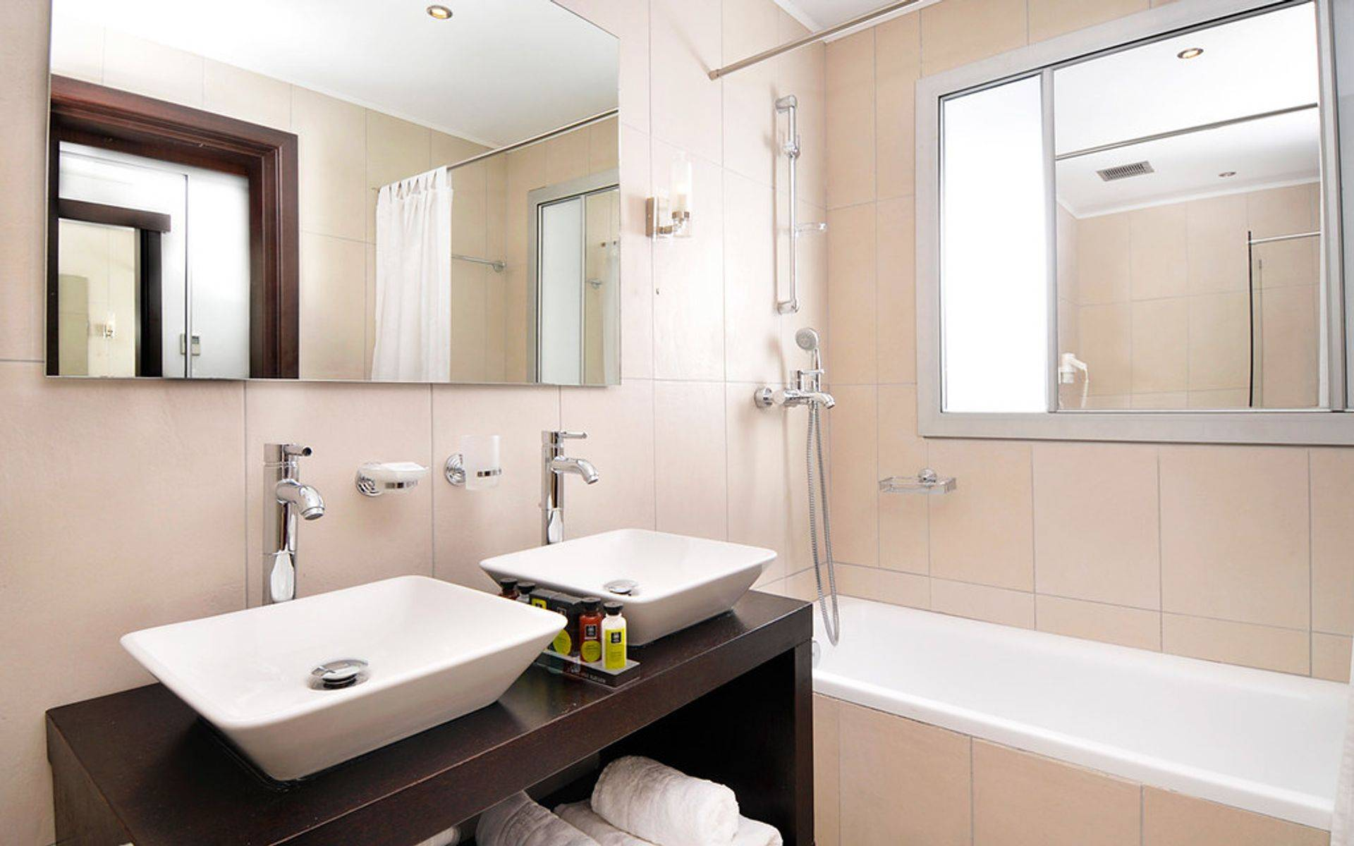 We install and repair all bathroom plumbing.