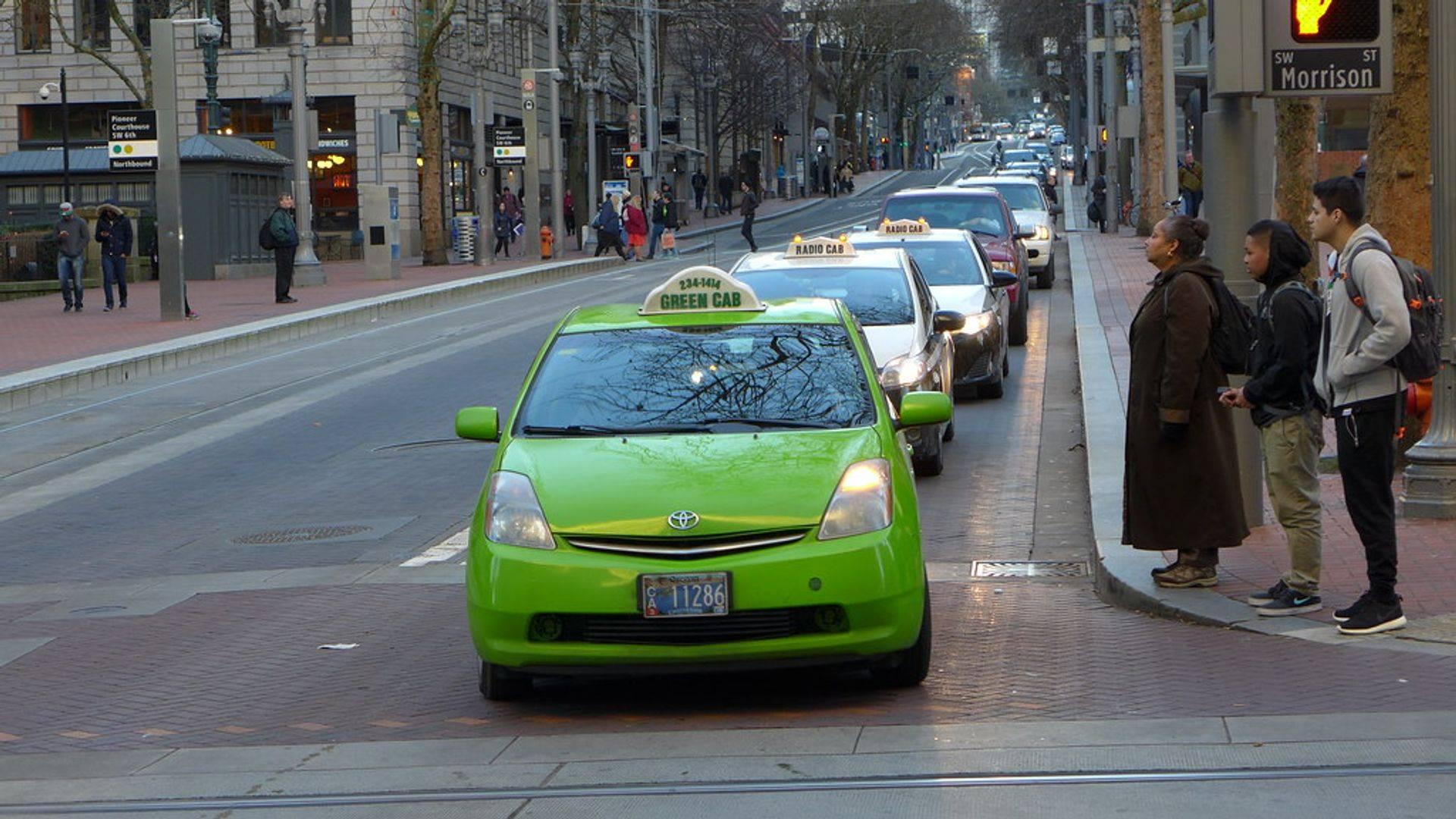 Green taxi boro Street Hail Livery (SHL)