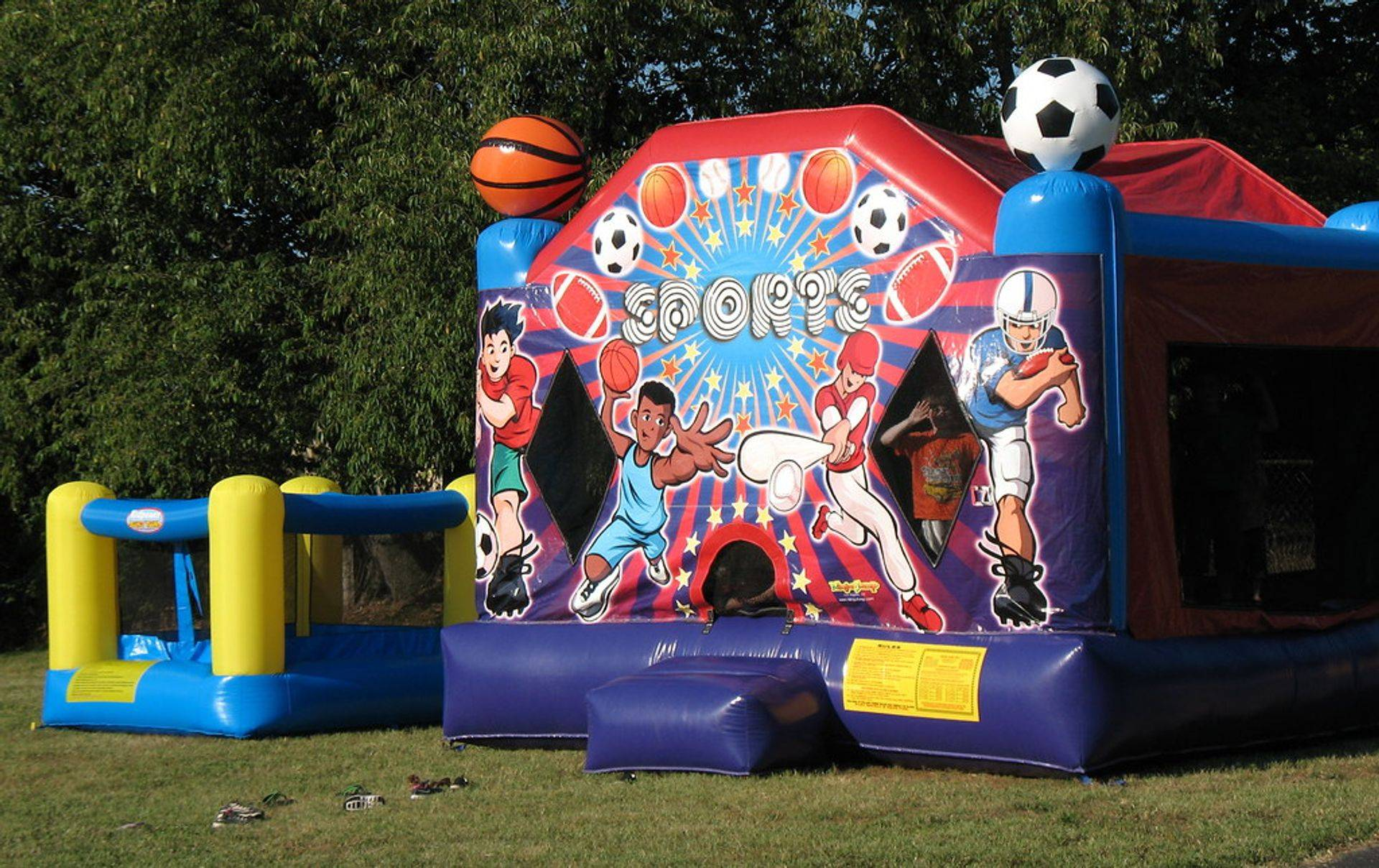 bounce houses  rentals at funland jumpers and slides