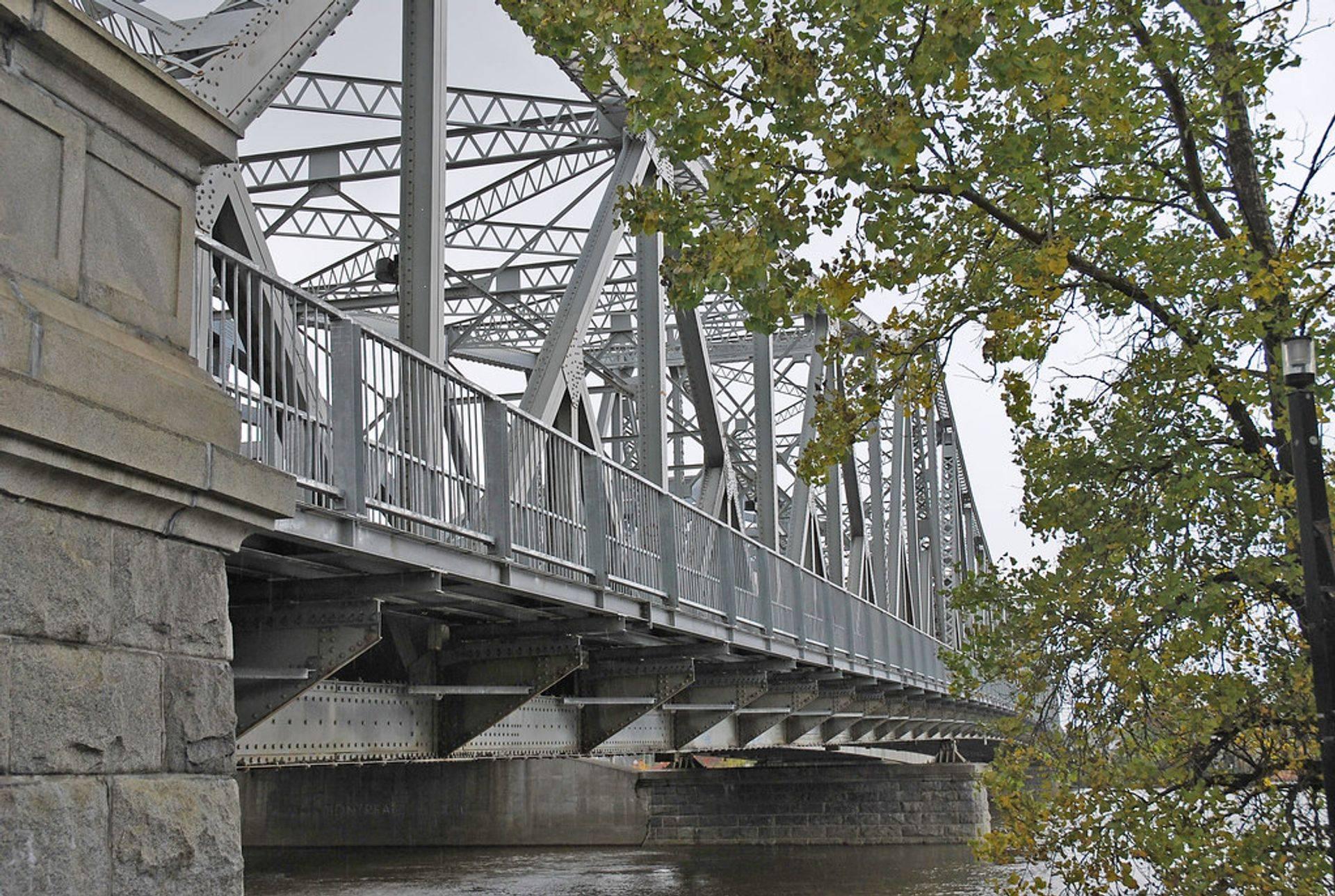 Pont Lachapelle (Ahuntsic-Cartierville)