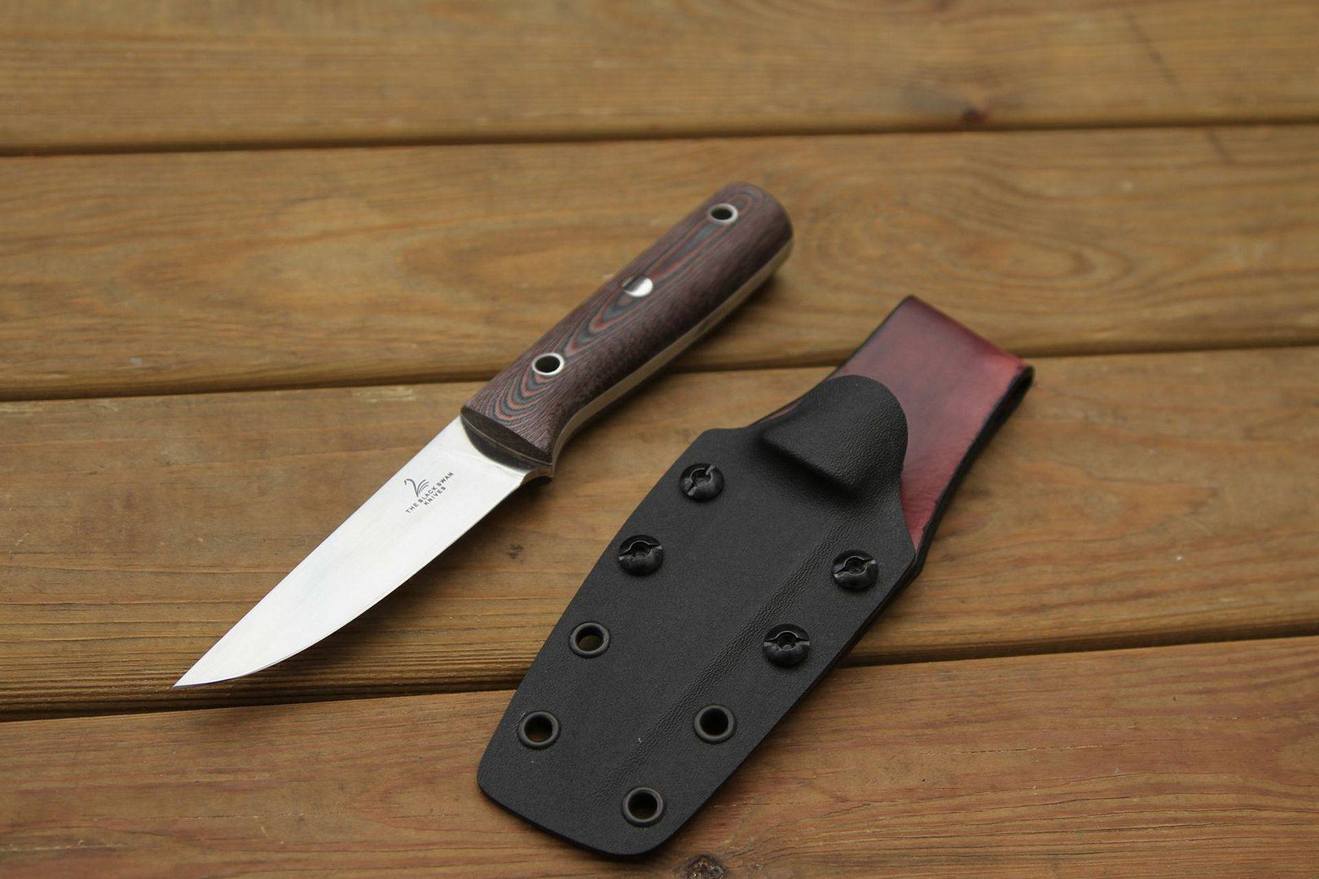 Odile a custom knife handmade in Sweden
