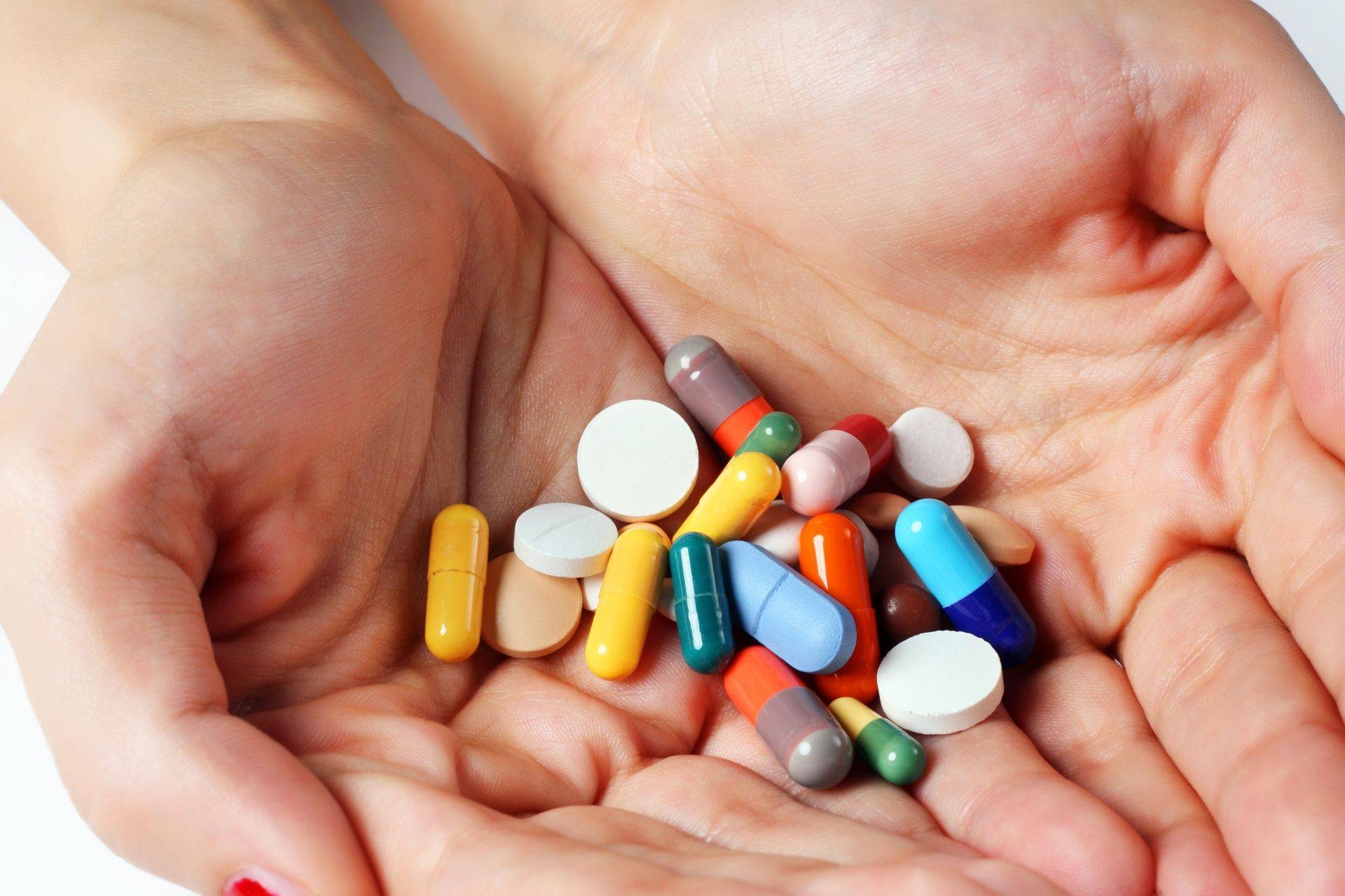 Learn how to safely distribute medications to patients in our medication management classes.