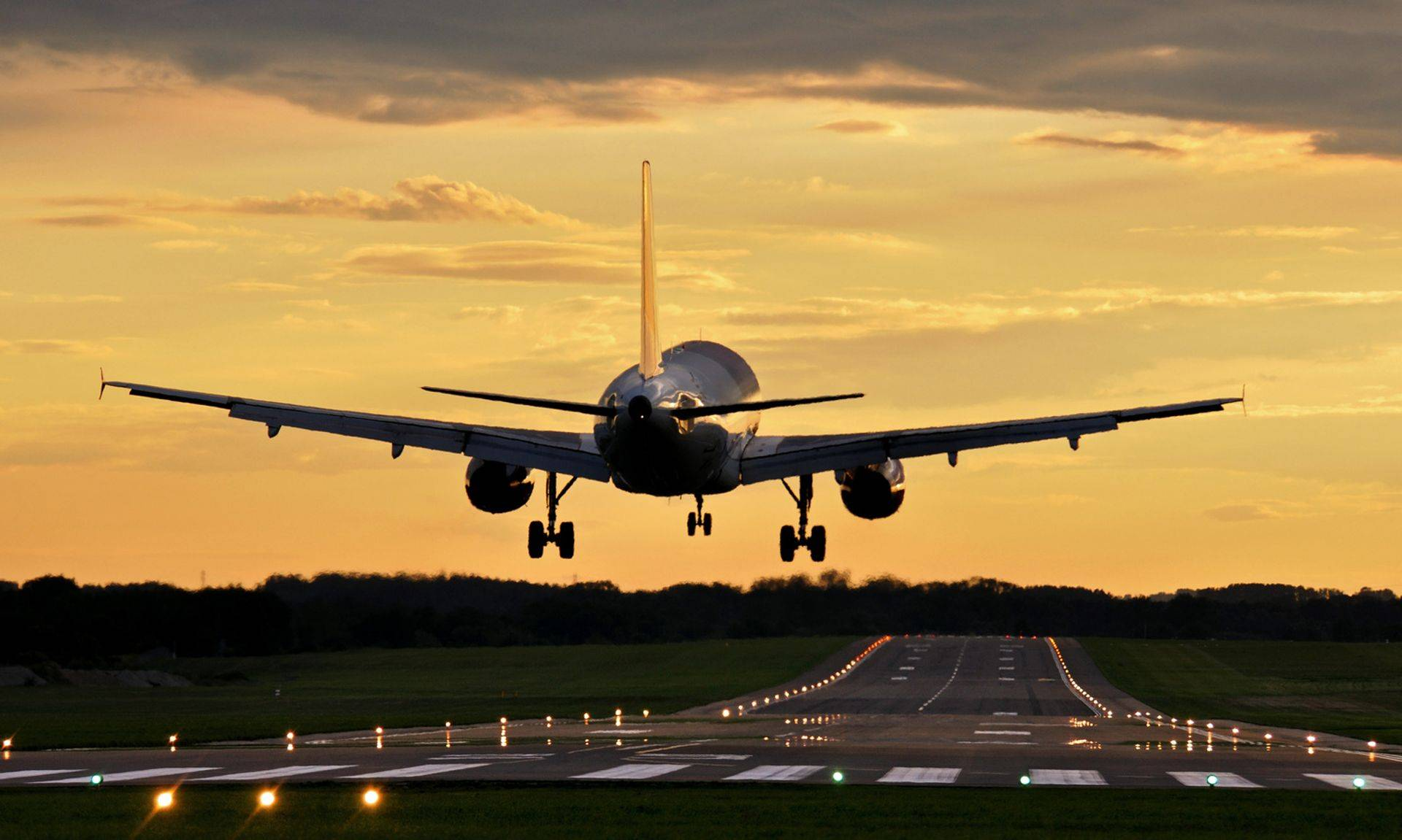 Specialist Aviation English Courses for ICAO Compliance