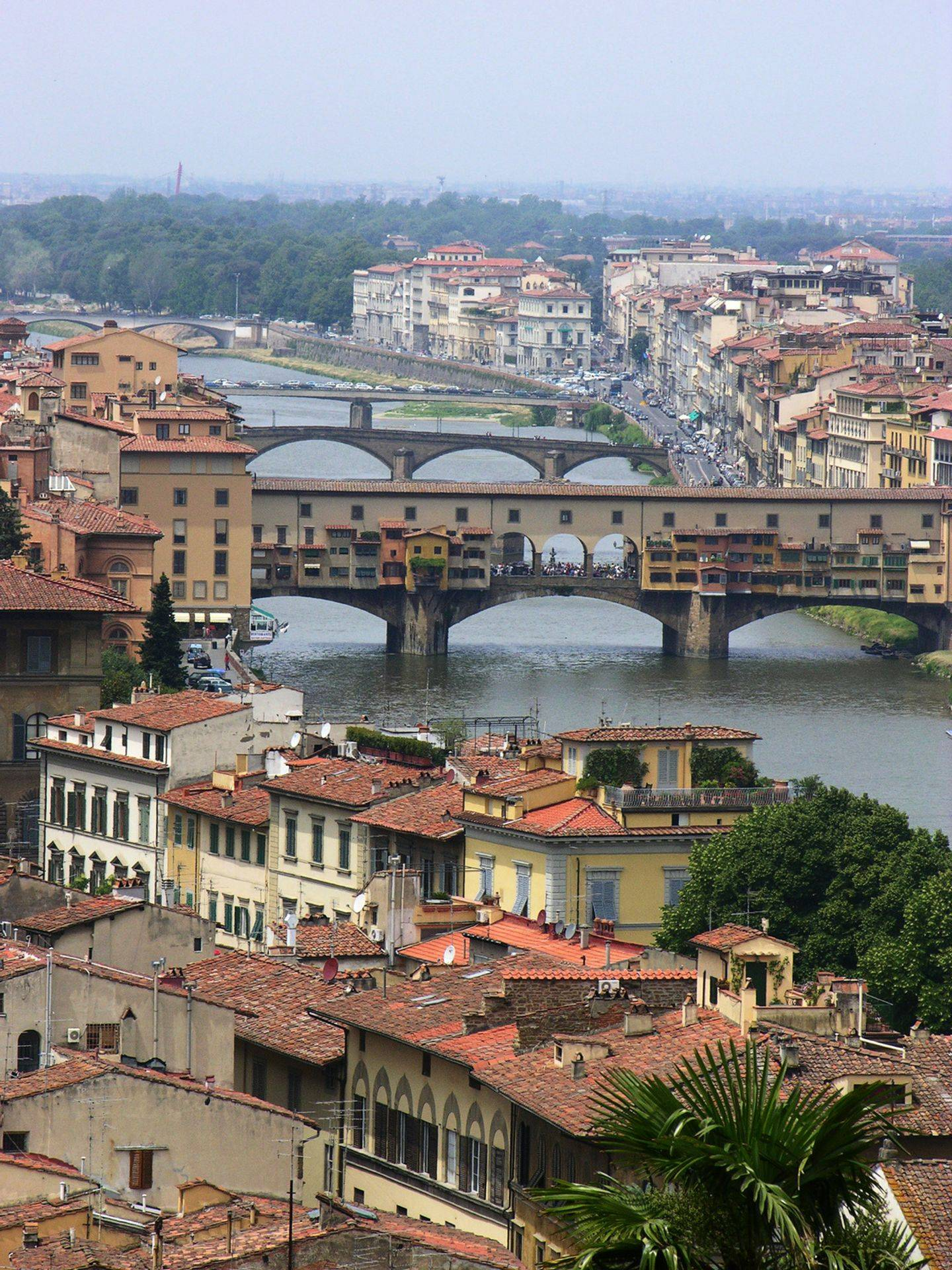 learn all aspects of the Italian culture through art and history Ponte Vecchio in Florence