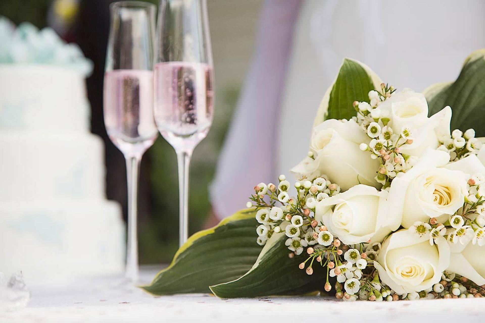 Wedding Celebrations wine & flowers