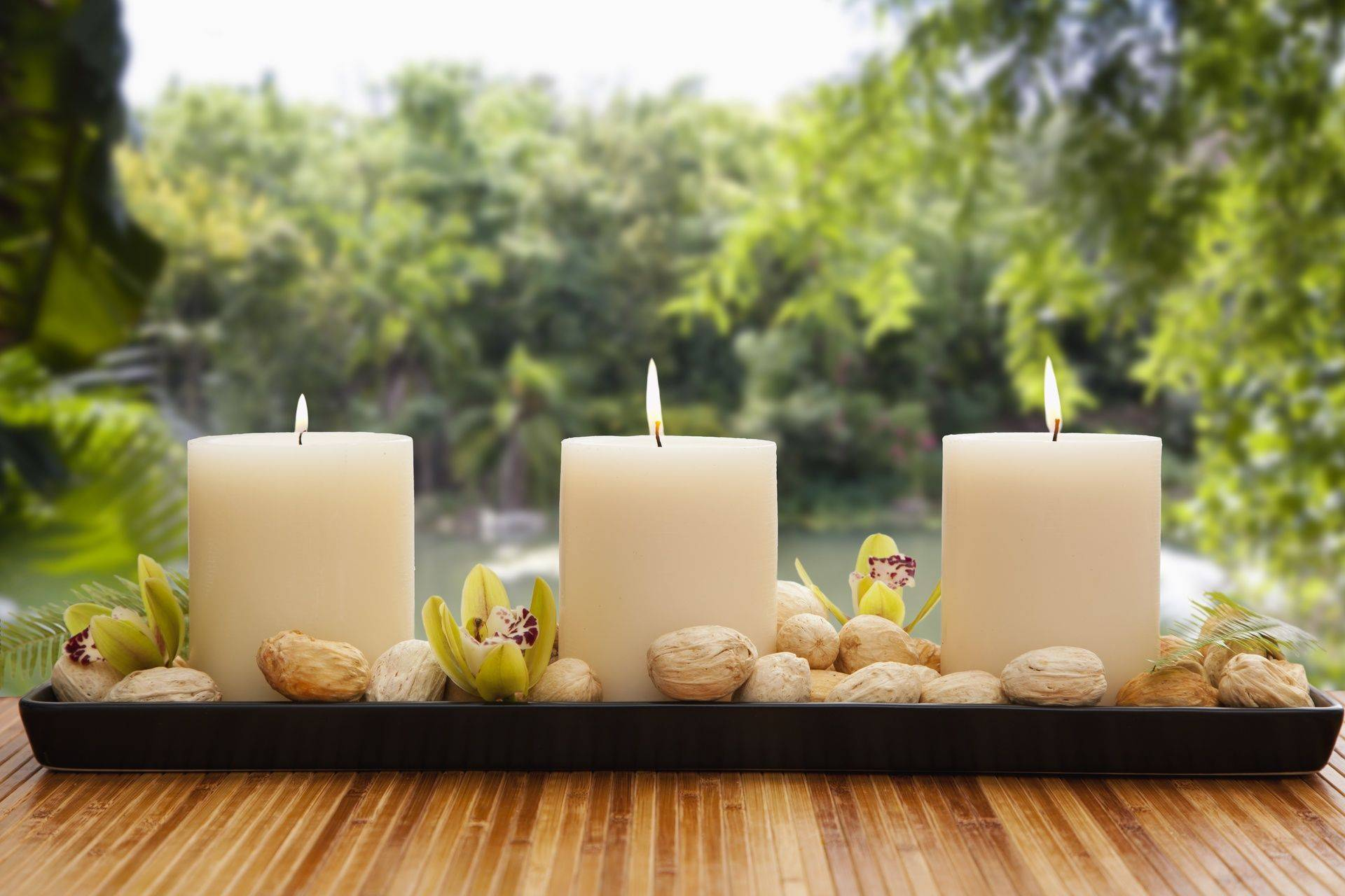 candlelit glow for relaxation and ambiance