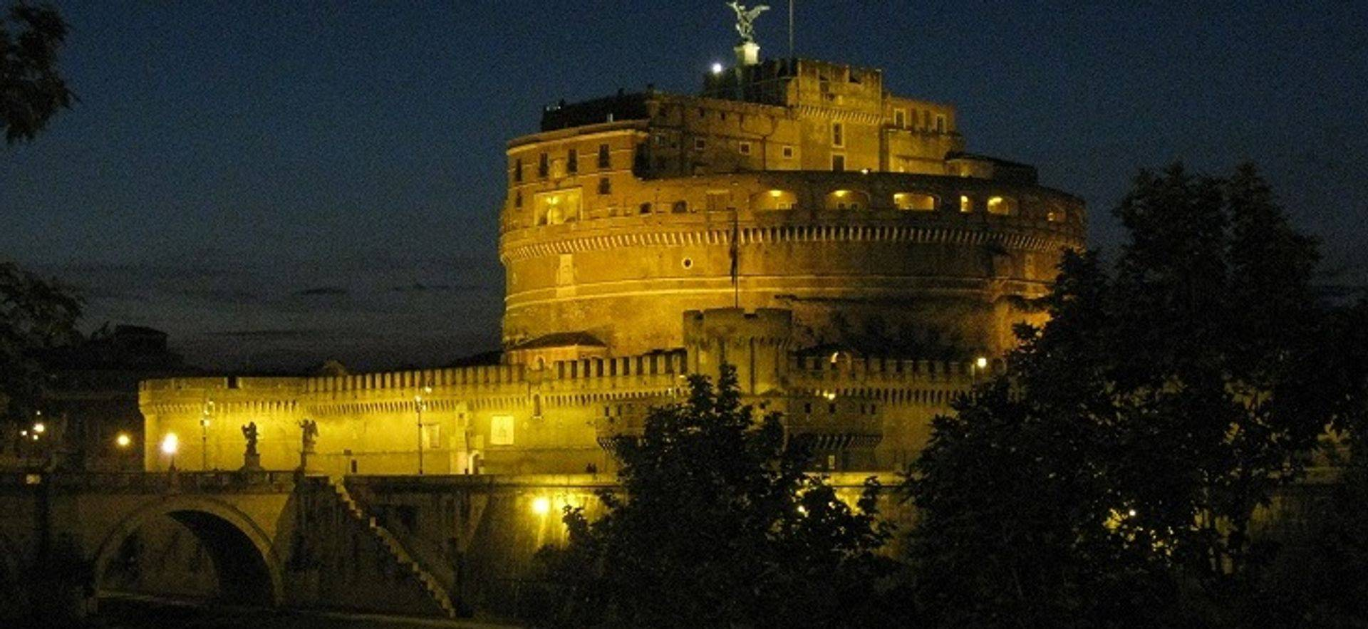 "womens travel.jpg alt= womens travel, castel sant angelo at night,rome, italy "">"