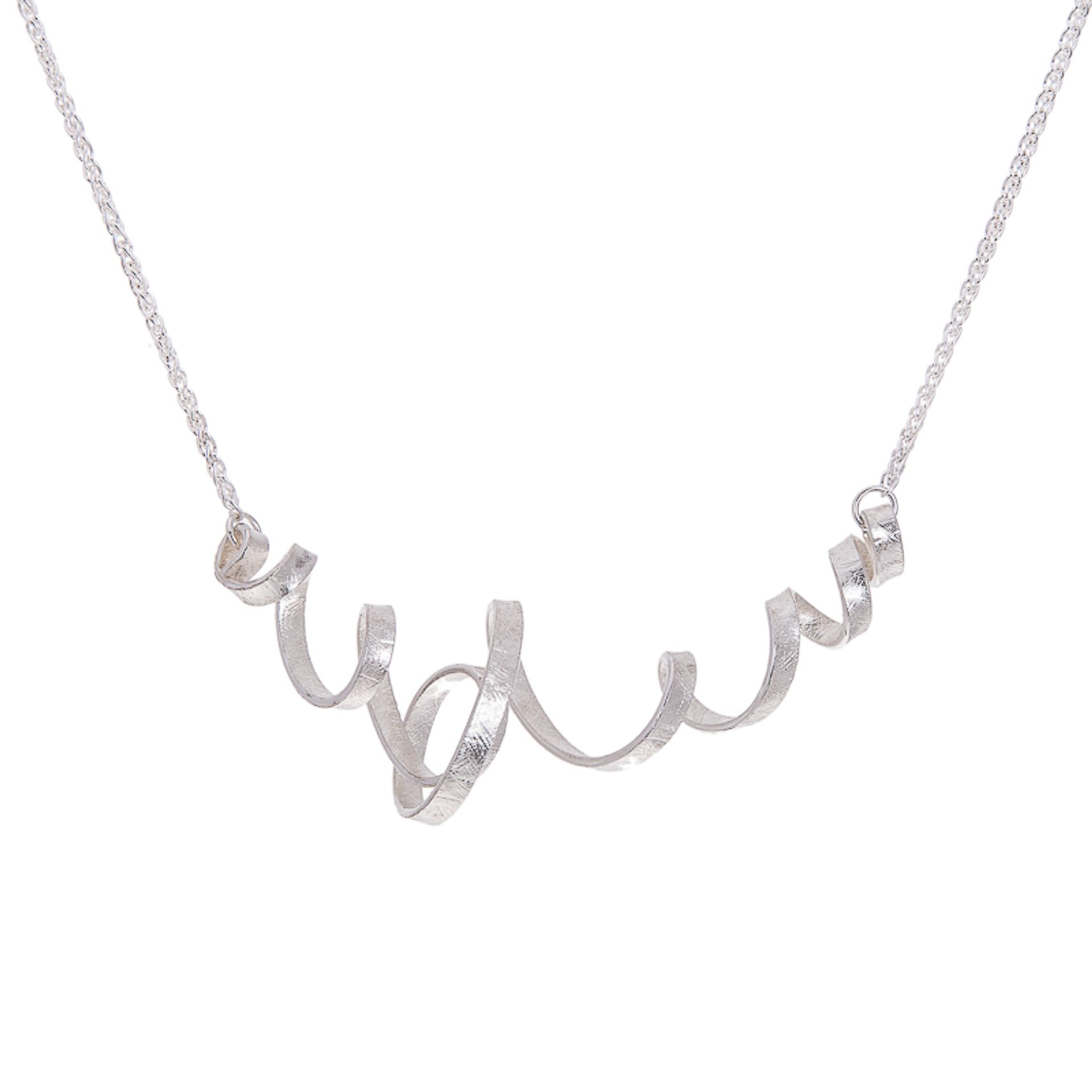 Silver spin necklace