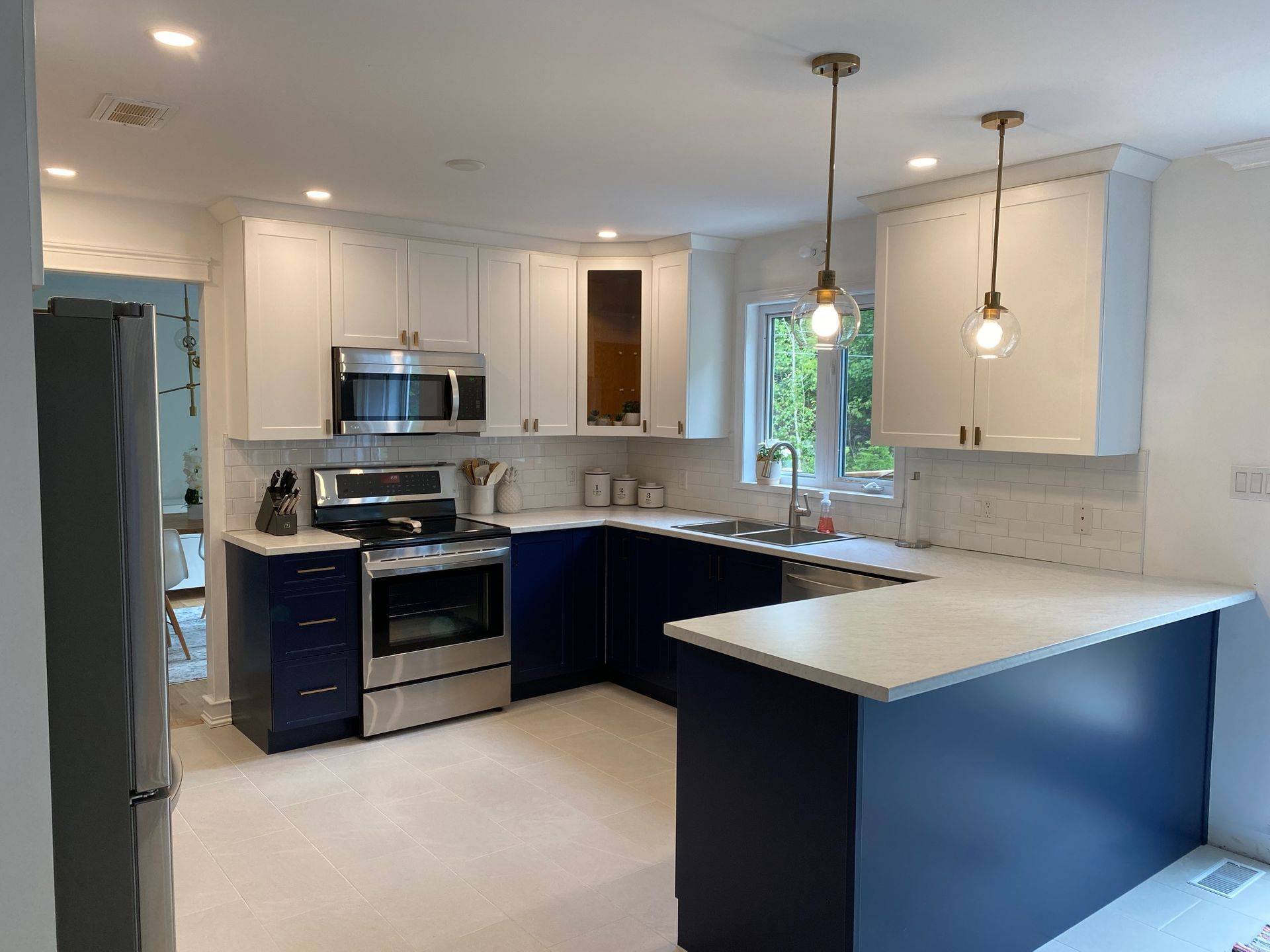 Professional Cabinet Refacing and Door Replacement Edmonton