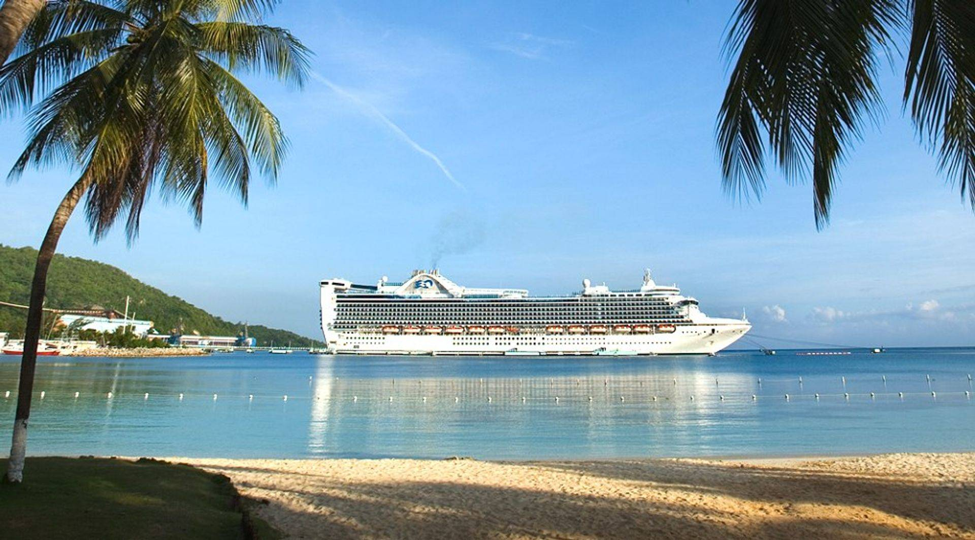 Beautfiul cruise ship