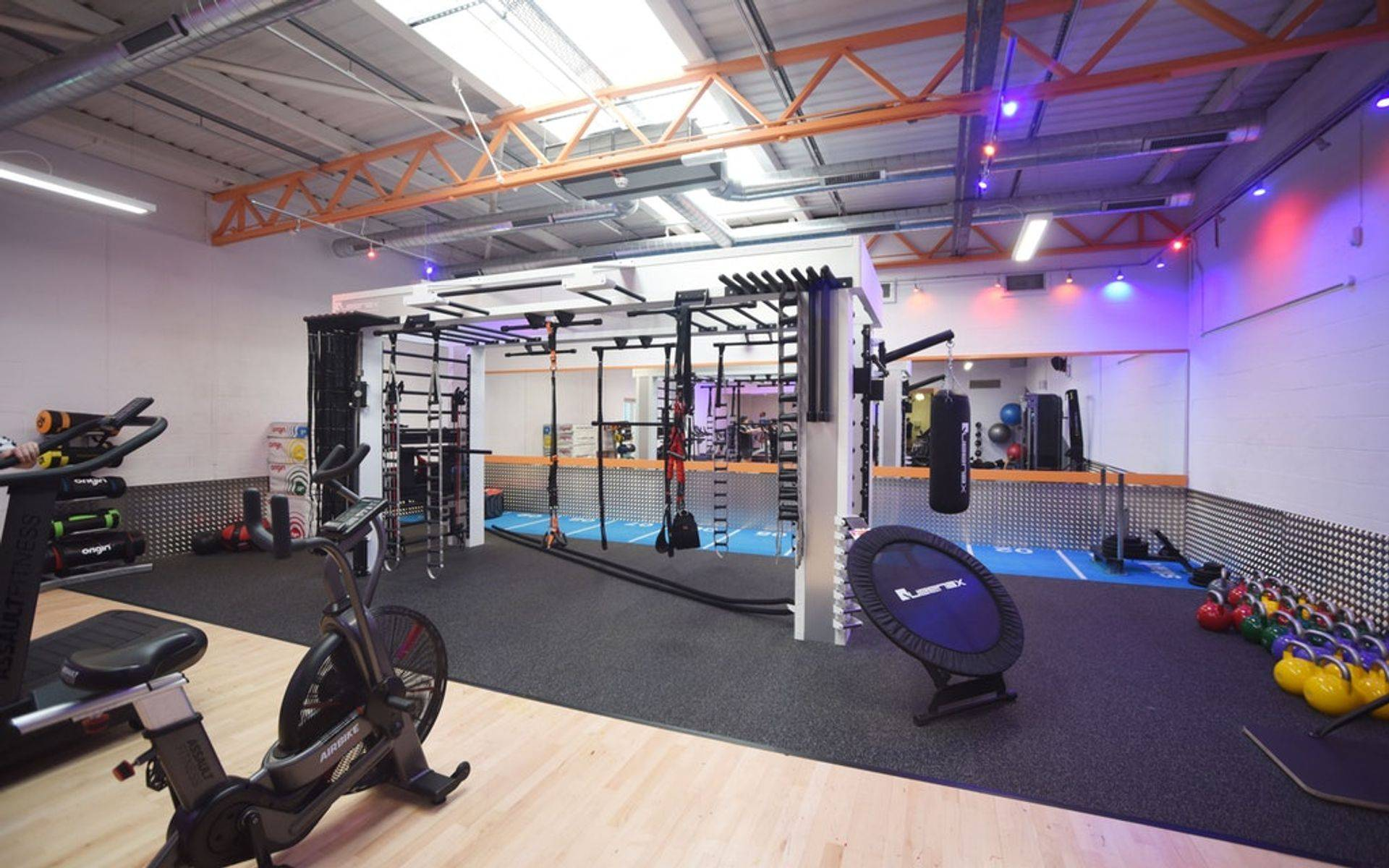 work out in a well equiped gym or in the comfort of your own home