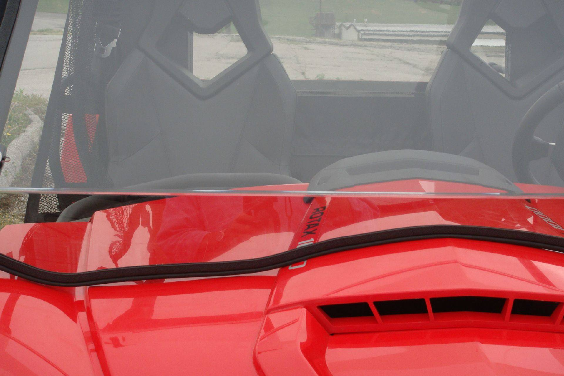 Can Am Commander with a Lexan Windshield
