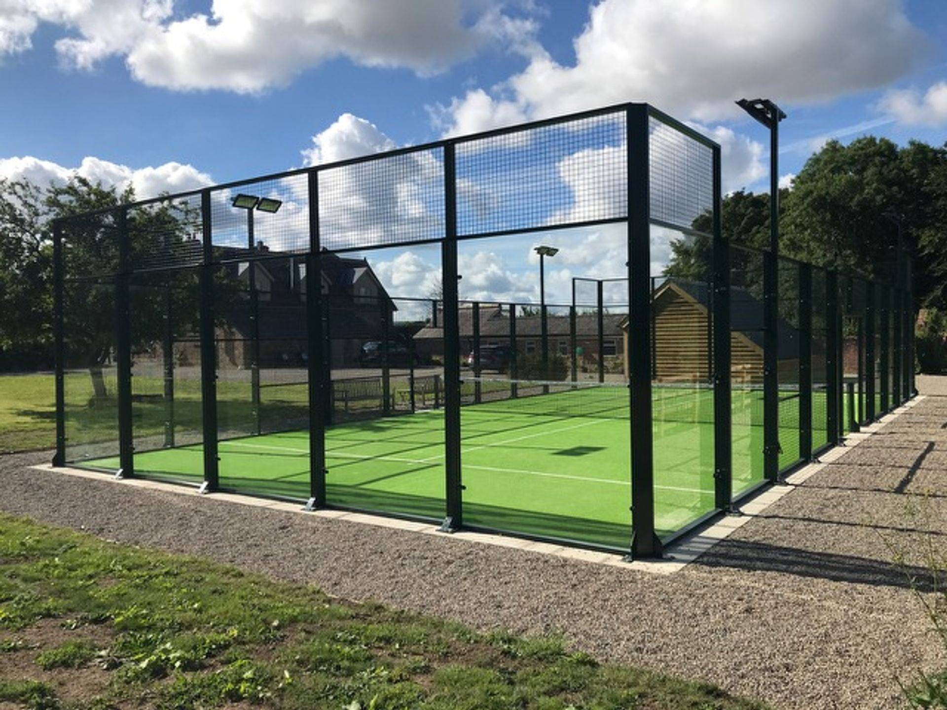 padel tennis court design and installation london